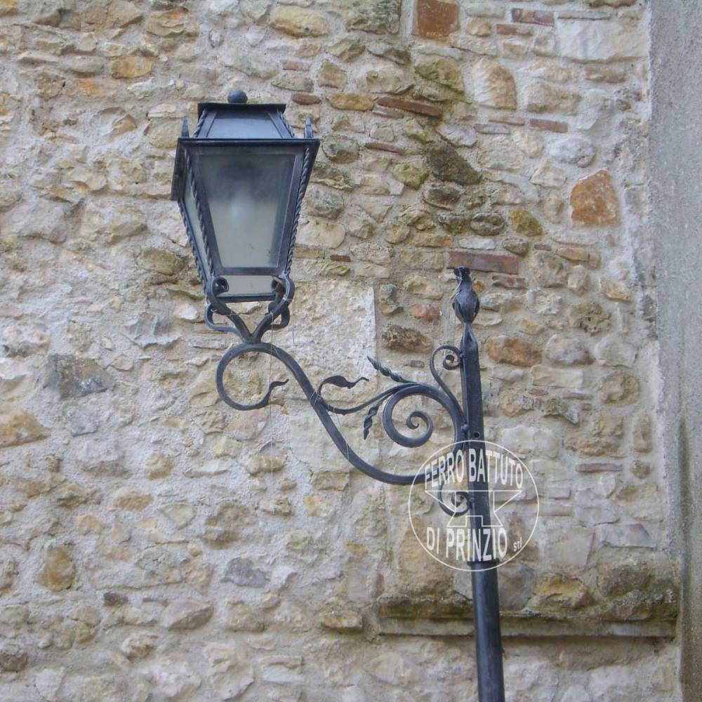 Wrought Iron Lampposts Iron Lampposts Garden Lampposts