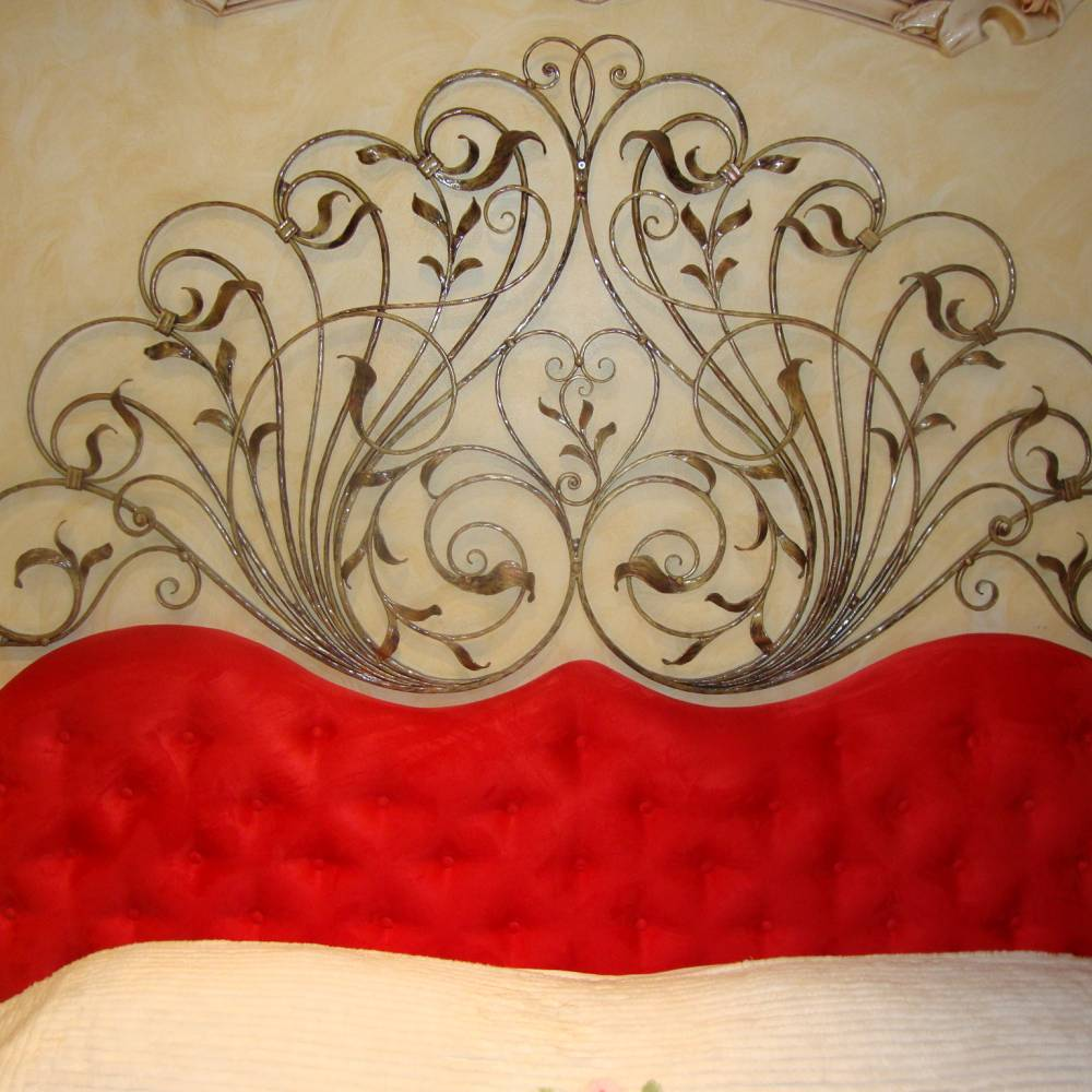 Headboard for double bed in wrought iron