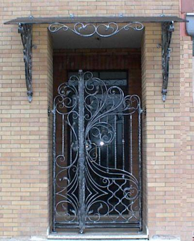 Canopy in wrought iron, hand-crafted