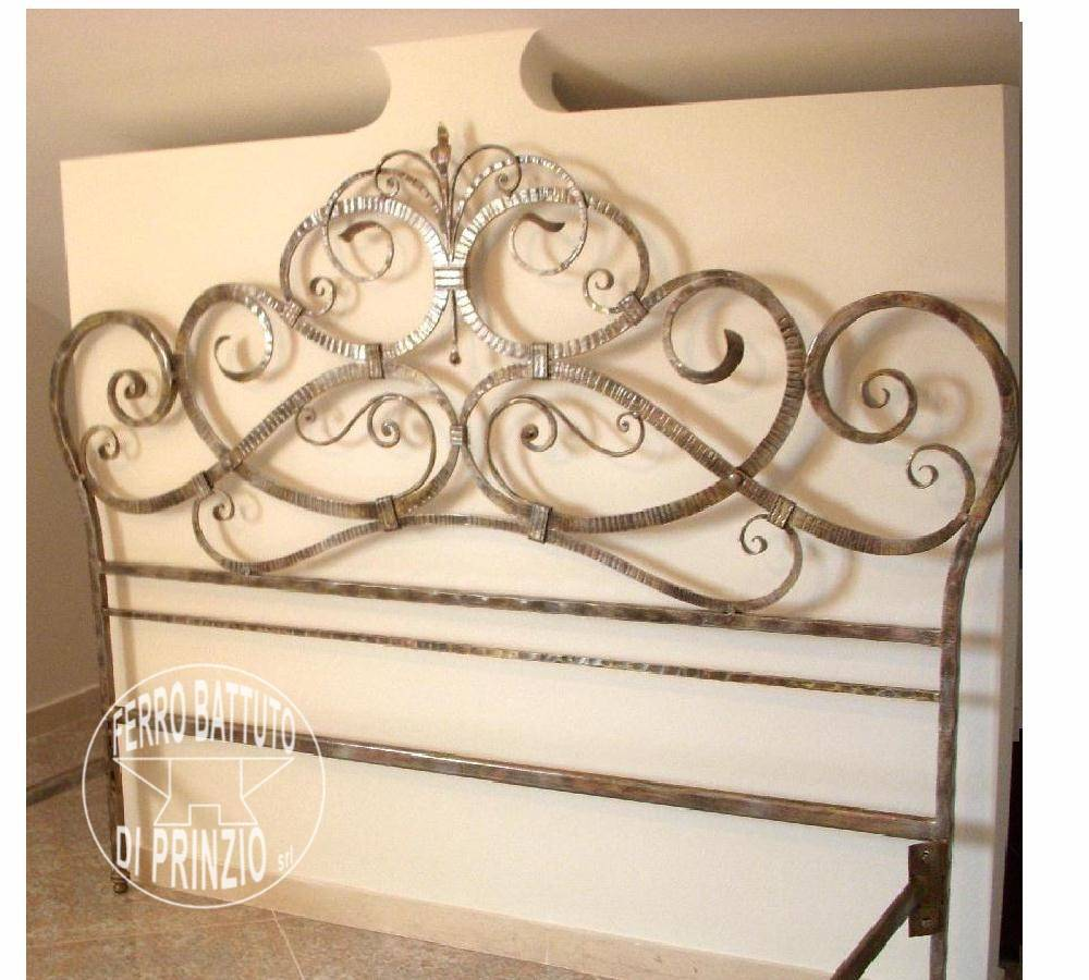 Wrought iron headboard en fer forgé