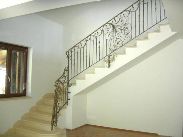 Railing in wrought iron