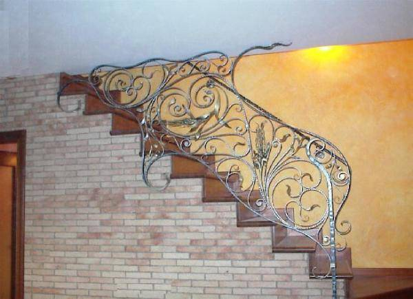 Wrought iron railing for stairways