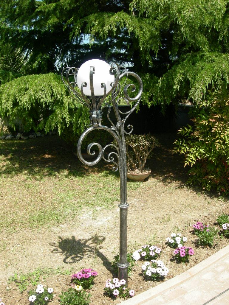Wrought iron lampposts iron lampposts garden lampposts hand made and decorated wrought iron lamp for garden aloadofball Images